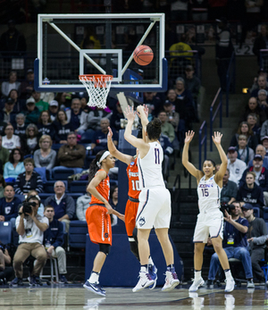 Syracuse never stood a chance, especially when UConn's spot-up shooter had a historic night.